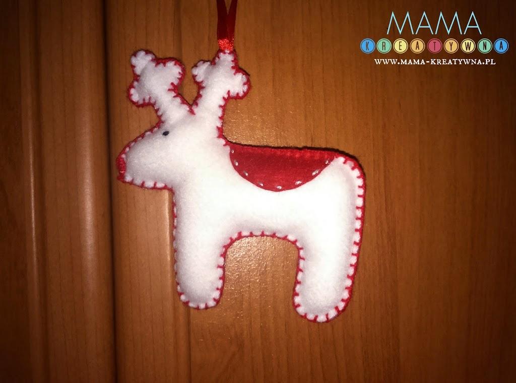 biały renifer świąteczny