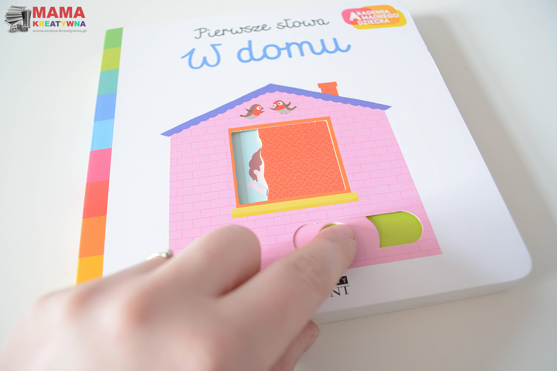 książeczka w domu