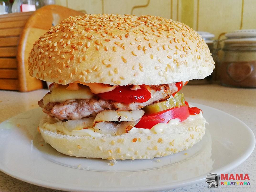 domowe cheesburgery