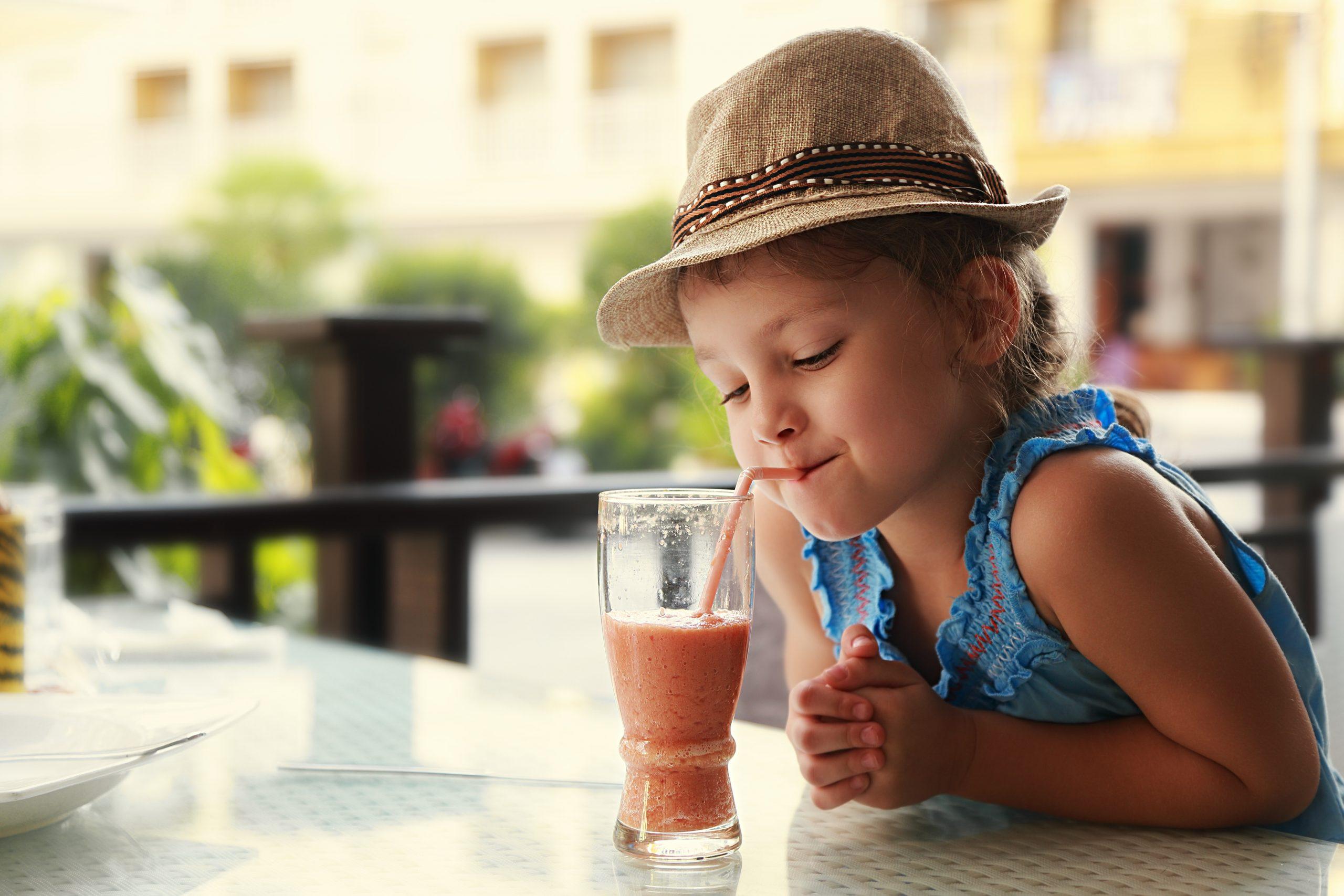 Smoothie dla dzieci – jakie produkty warto kupić dla malucha?