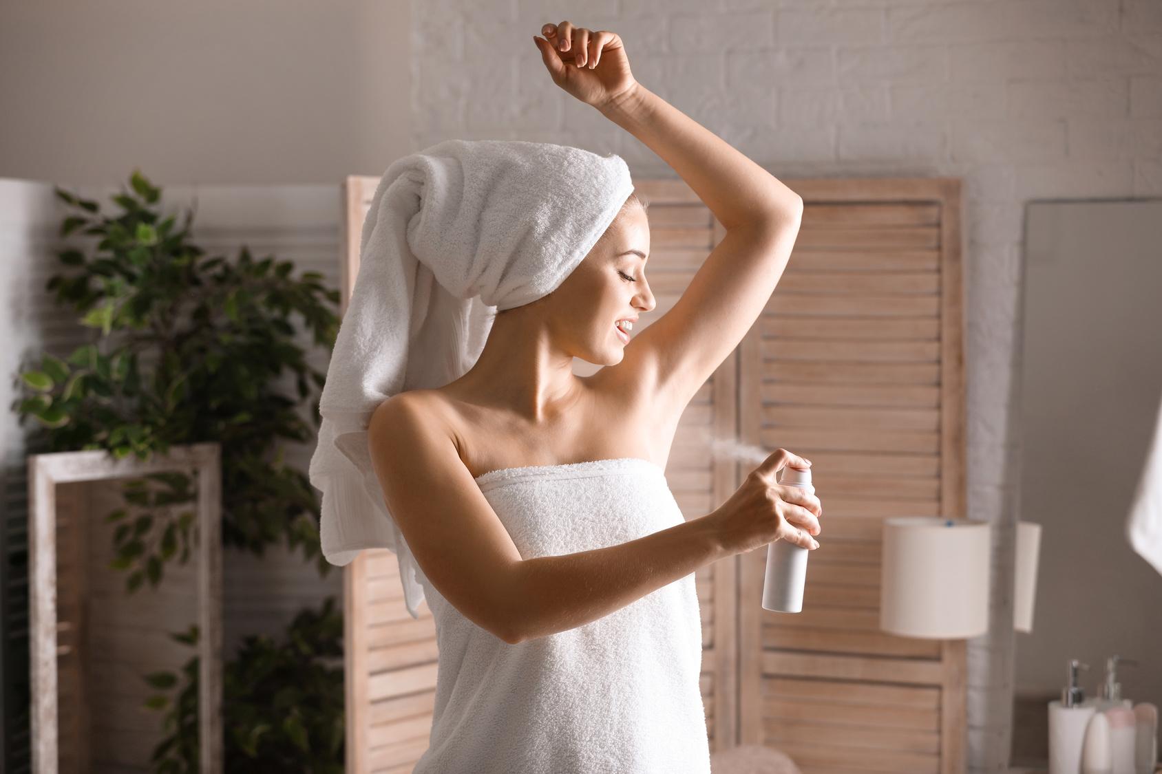 Niezbędnik każdej kobiety – antyperspirant!