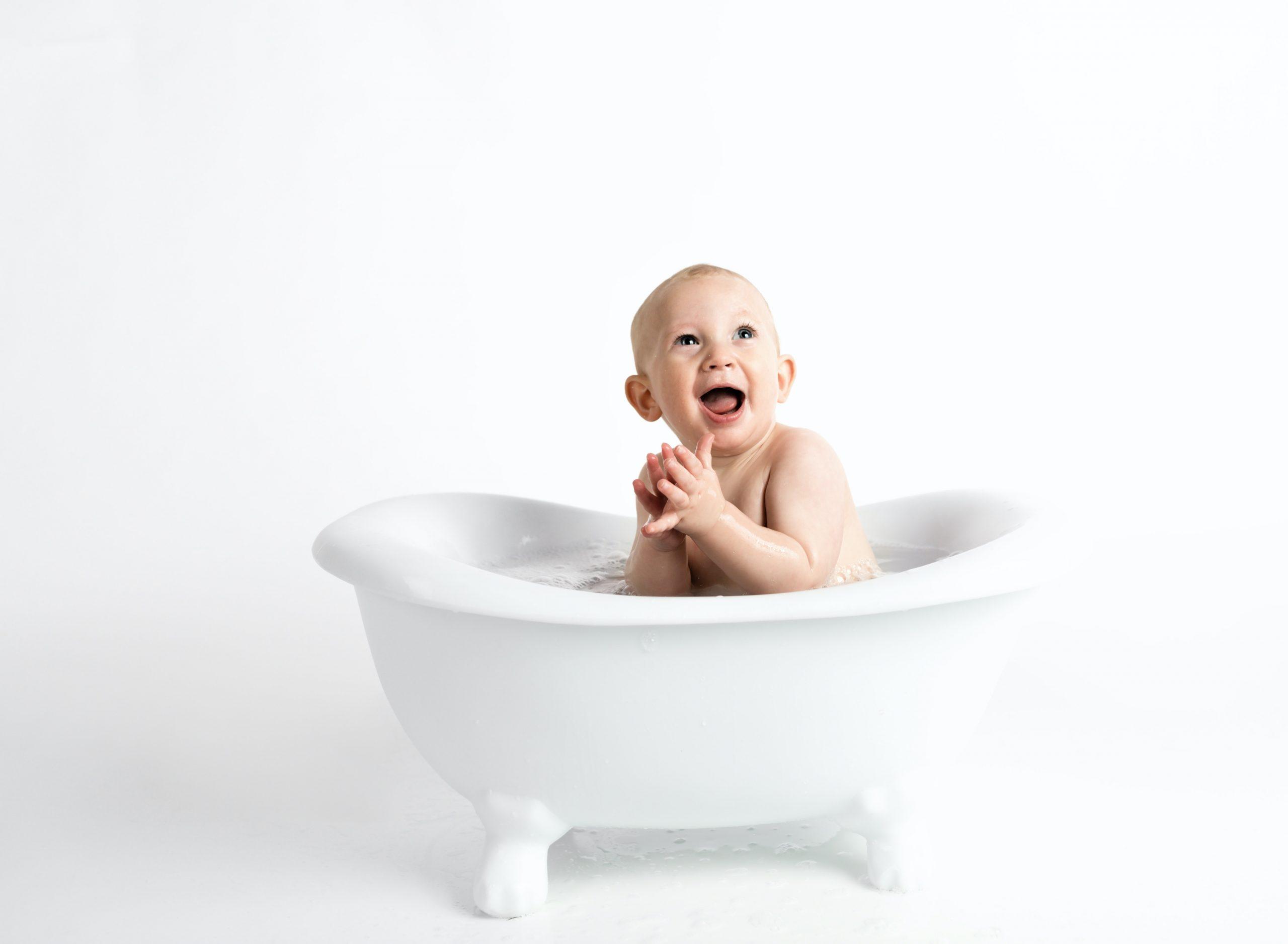 Jak urozmaicić kąpiel dziecka – kilka wskazówek