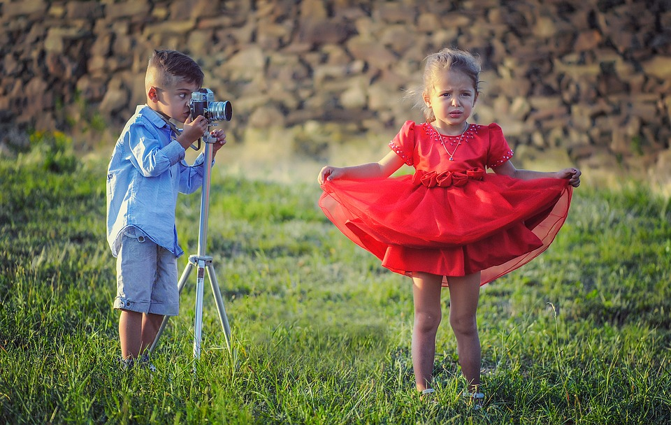 Bluzy dziecięce – wybierz wygodną odzież dziecięcą na co dzień