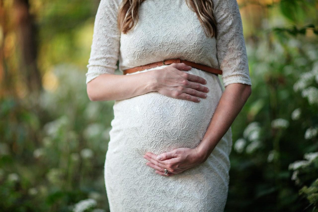 Prezent dla przyszłej mamy – jaki wybrać?